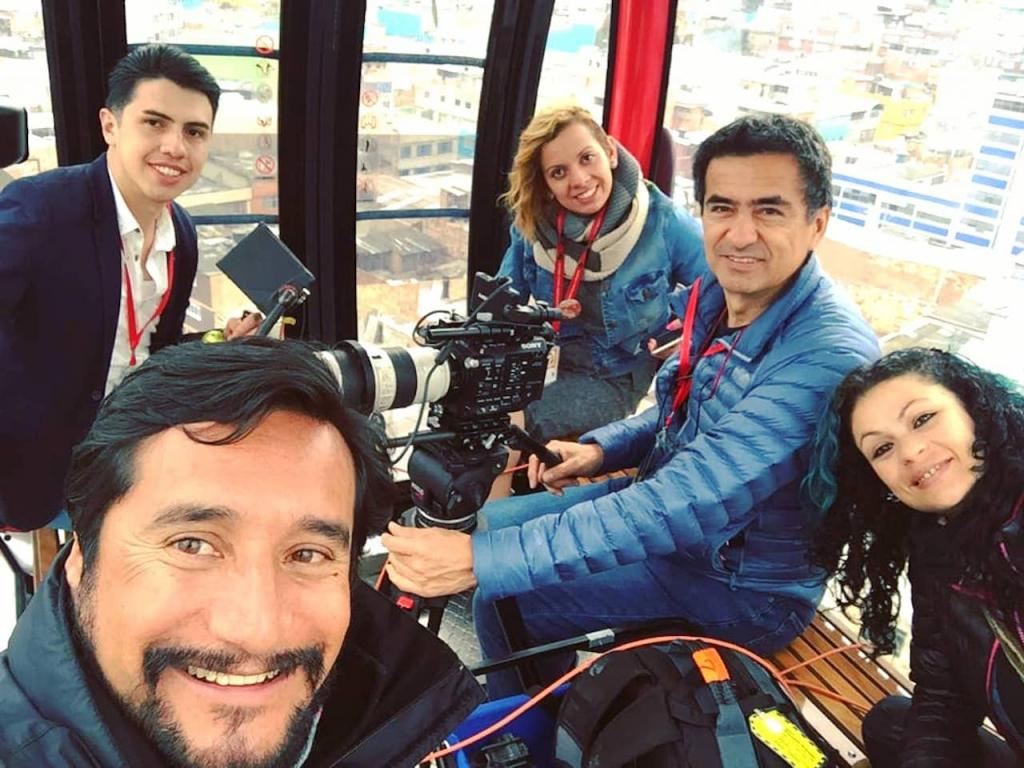 Transmicable Team - Metro Studio